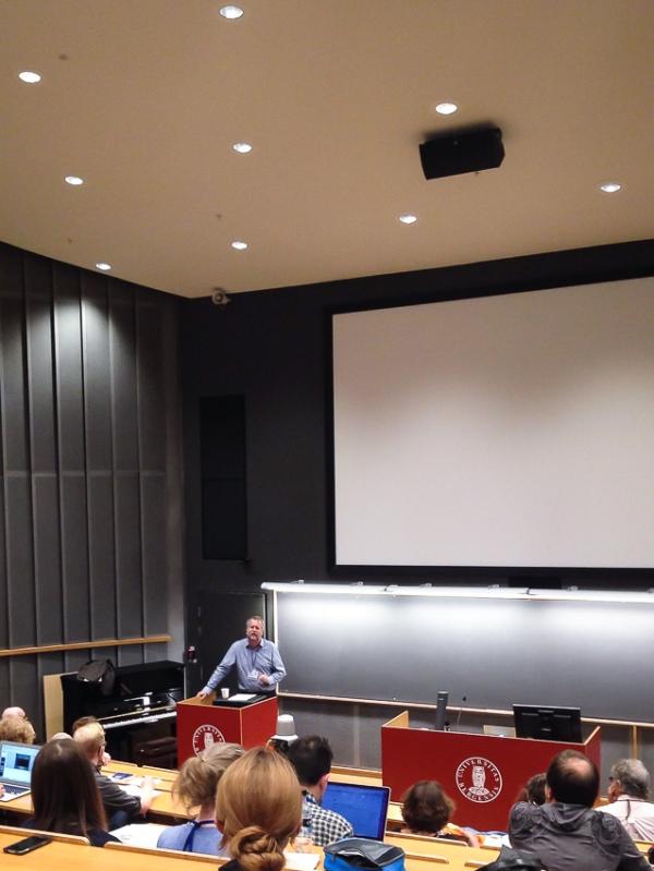 Espen Aarseth durante a sessão inaugural.